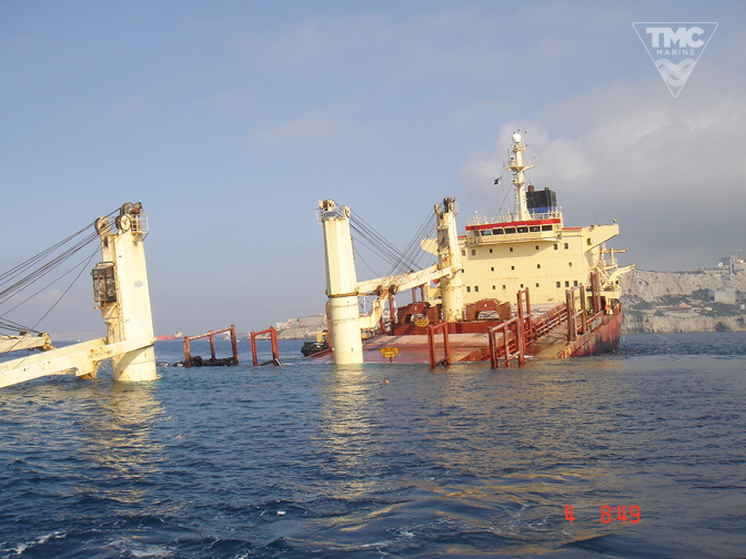 NEW FLAME – Gibraltar – August 2007-Wreck removal-2