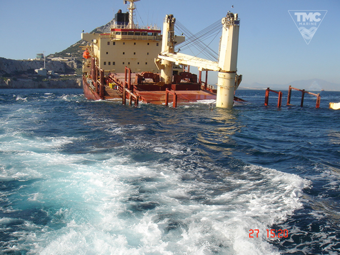 NEW FLAME – Gibraltar – August 2007-Wreck removal-4