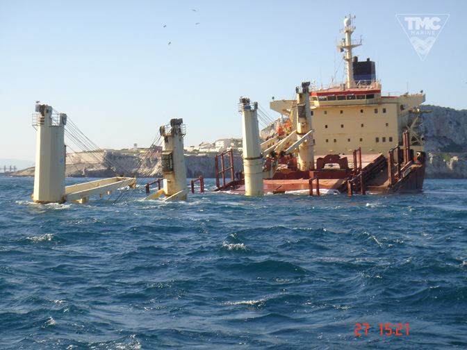 NEW FLAME – Gibraltar – August 2007-Wreck removal-7