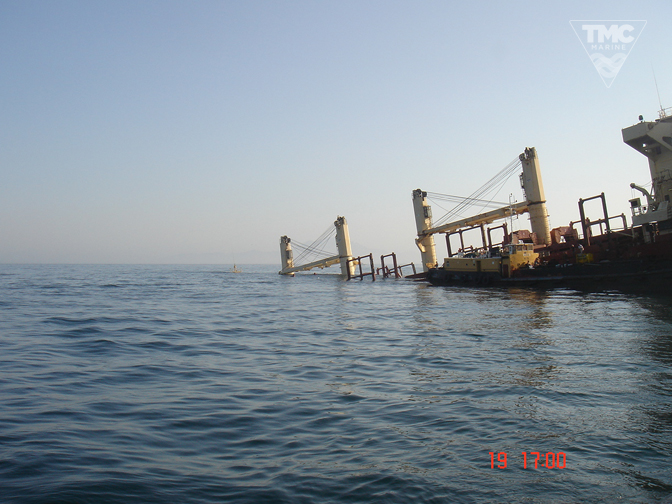 NEW FLAME – Gibraltar – August 2007-Wreck removal-9